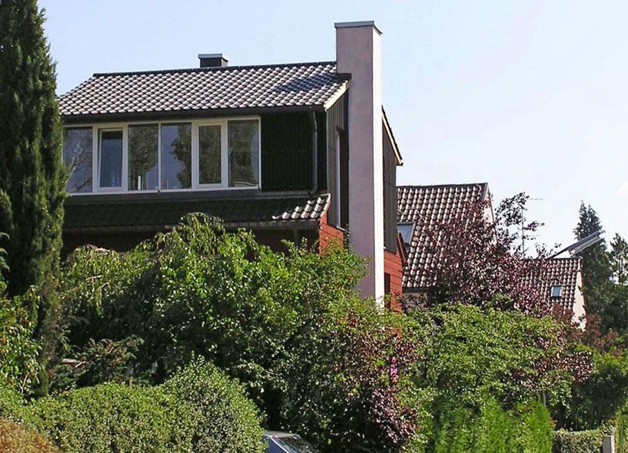 Aus dürftigen niederen Dachräumen wurden-nach-dem-Umbau die hellsten Räume des Hause